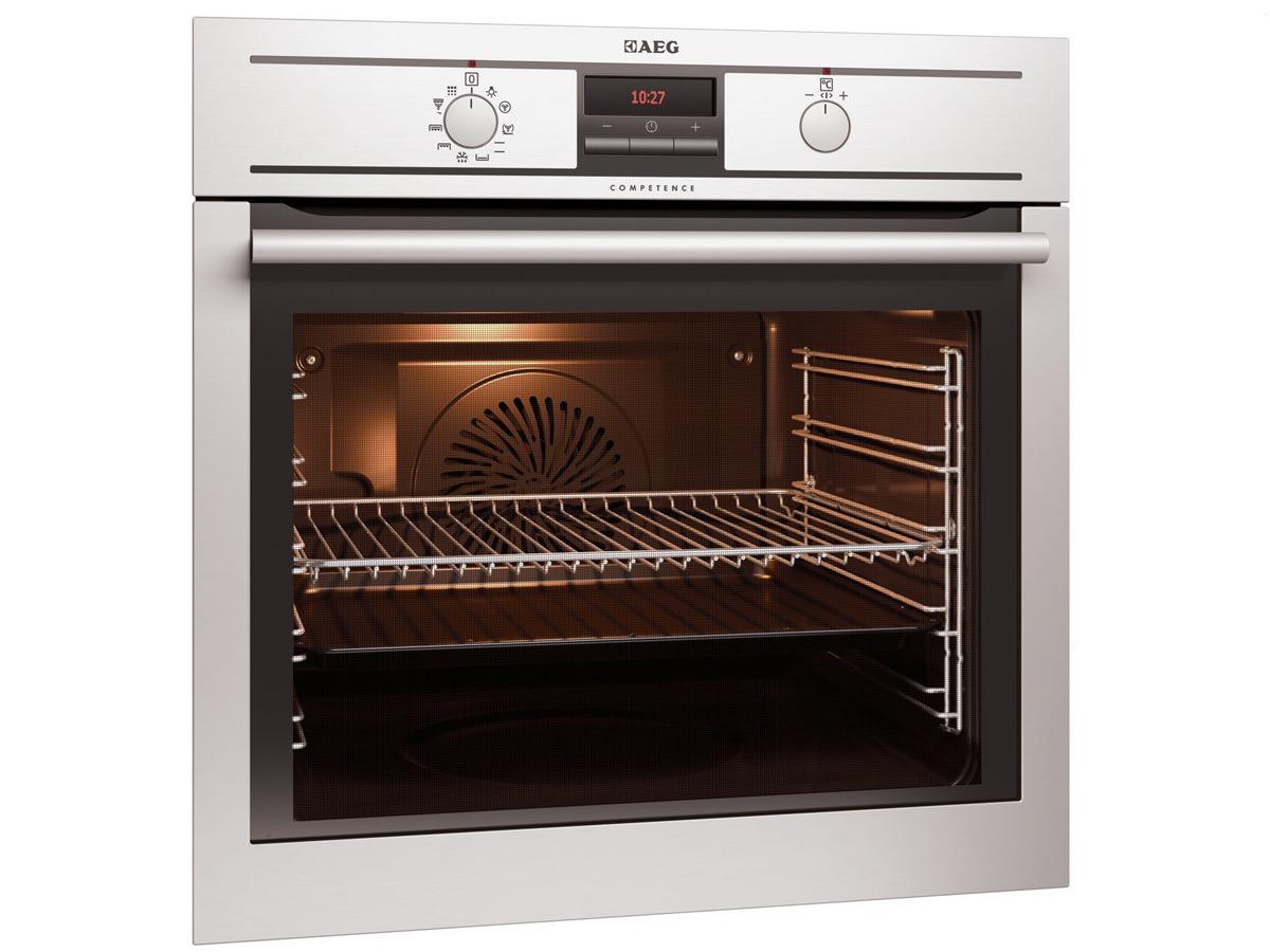 תנור בנוי אאג BE300307M