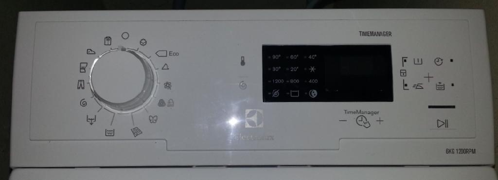 נפלאות מכונת כביסה פתח עליון Electrolux EWT1264TDW LI-62